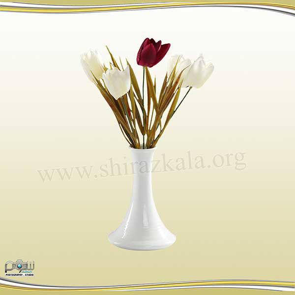 تصویر گلدان چینی با گل لاله