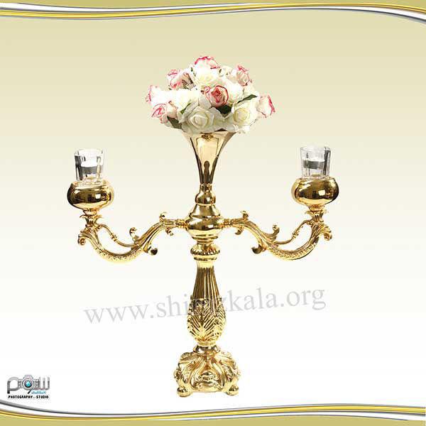 تصویر شمعدان ۲ شاخه طلایی با گل رز