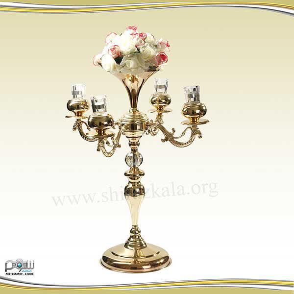 تصویر شمعدان ۴ شاخه طلایی با گل رز