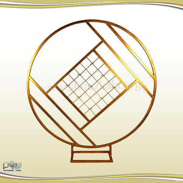 تصویر بک دایره ای فلزی طلایی طرحدار